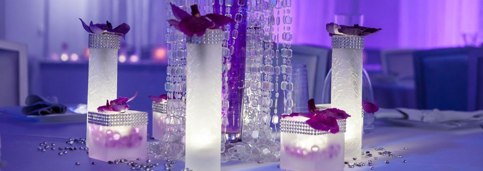 MEET Las Vegas table display with LED candles